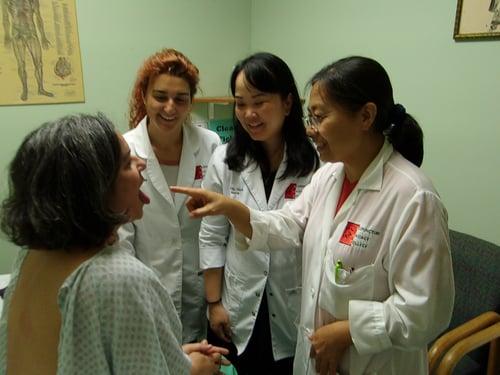 Oriental-Medicine-Professor-Students