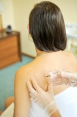 acupuncture injection-292896-edited.jpg