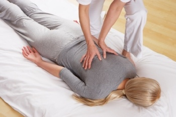 become-an-expert-in-shiatsu-massage.jpg