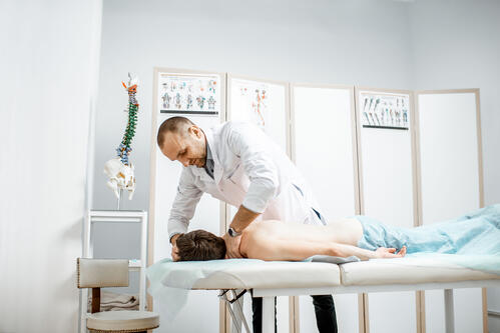 chiropractor-massage