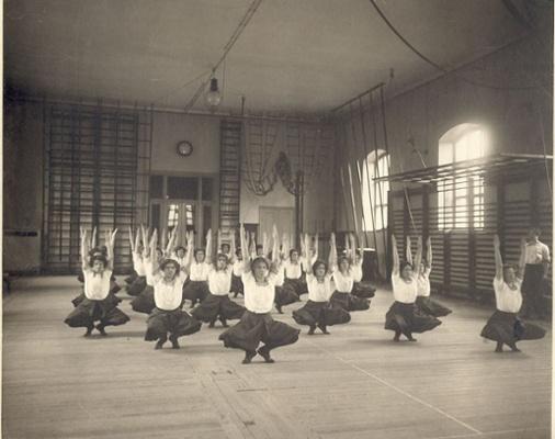 Gimnasia-Sueca-Escuela-de-Masajes