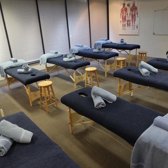 massage-school-classroom